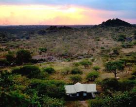 &beyond serengeti migratino camp