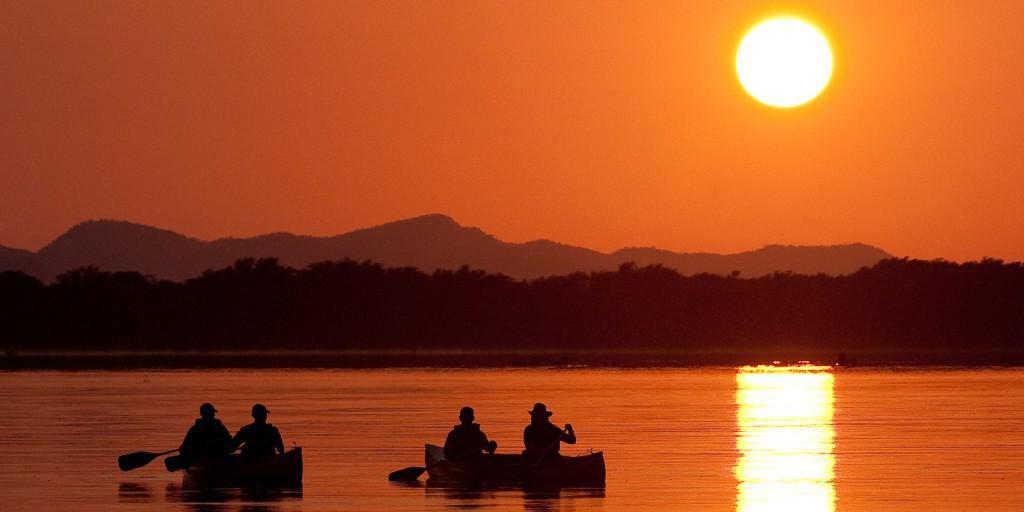 Chiawa Camp sundown canoe