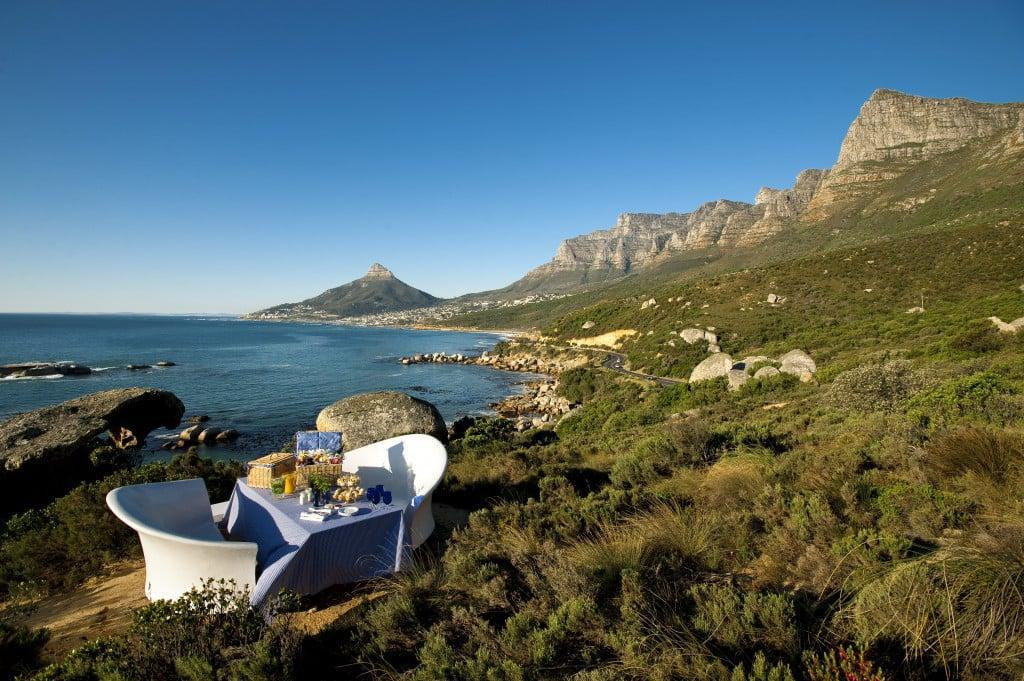 A romantic lunch at the Twelve Apostles